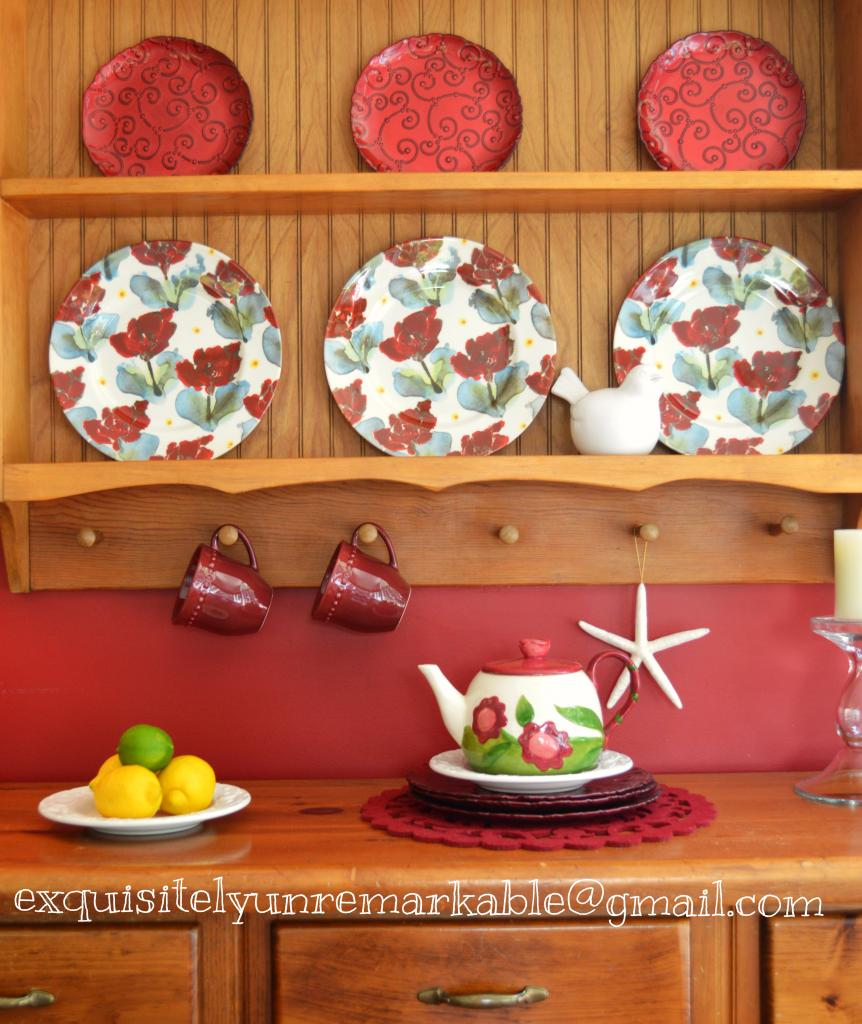 Country Pine Plate Rack