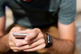 jangan mencharger smartphone sambil digunakan