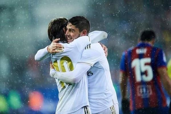 ريال مدريد يكتسح إيبار برباعية نظيفة ...ريال زيدان ما الذي تغير..؟