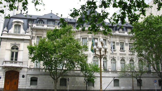 La Embajada de Brasil en Argentina pide a las autoridades de ese país que se abstengan de hacer comparaciones por el manejo de la pandemia
