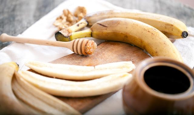 banana and curd facemask