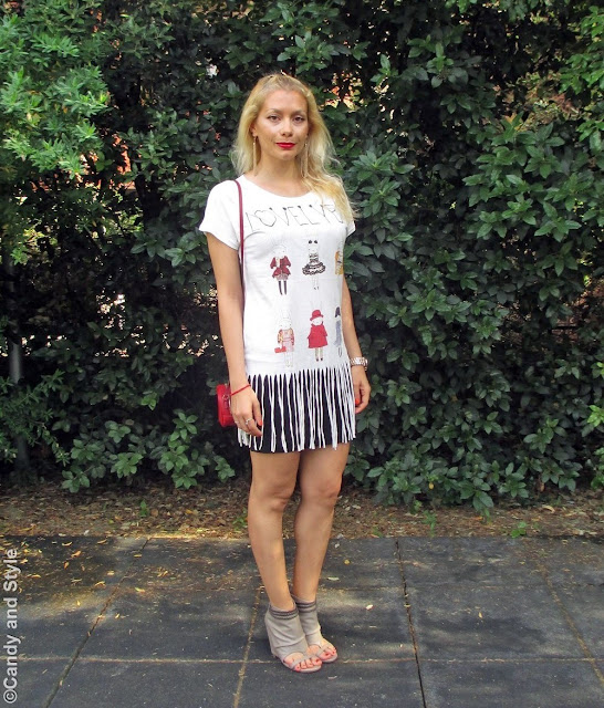 FringedShirt+MiniSkirt+PeepToeBooties+MiniBag+RedLips - Lilli Candy and Style Fashion Blog