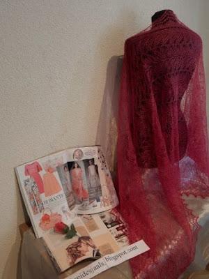 Roze sjaals, gebreide roze shawl, rode sjaals, gebreidebruidssjaals.