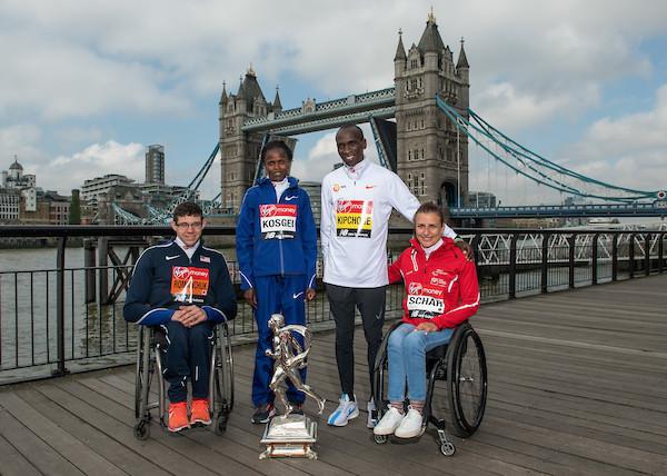 Daniel Romachuk, Brigid Kosgei, Eliud Kipchoge e Manuela Schar, os campeões da Maratona de Londres 2019