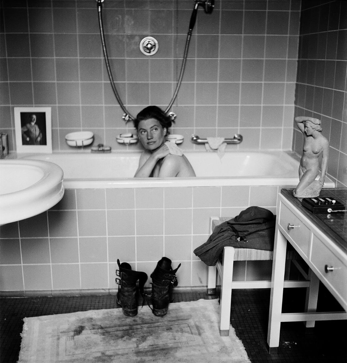 Lee Miller and David Scherman: The Photographers Who Took a Bath in Hitler's Apartment