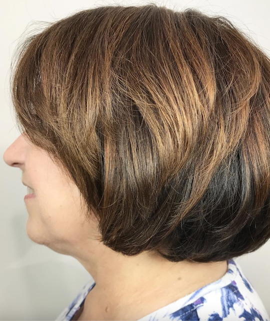 2021 short haircuts for women over 50