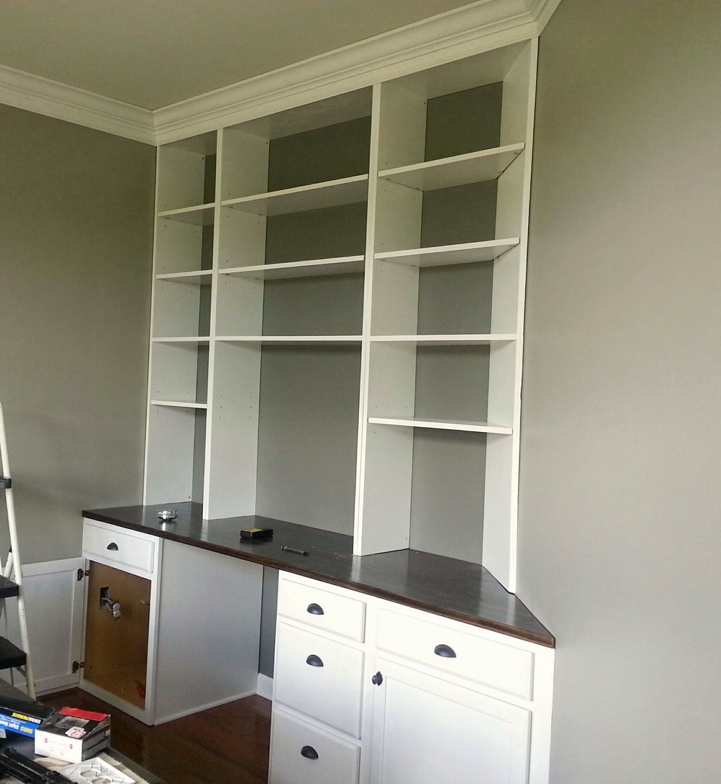 Home Office Built-In Bookshelves