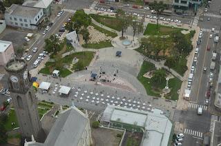 http://www.floresdacunha.rs.gov.br/noticias/revitalizacao-da-praca-da-bandeira-de-flores-da-cunha-e-inaugurada