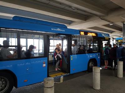 Autobús 200E del aeropuerto a Budapest