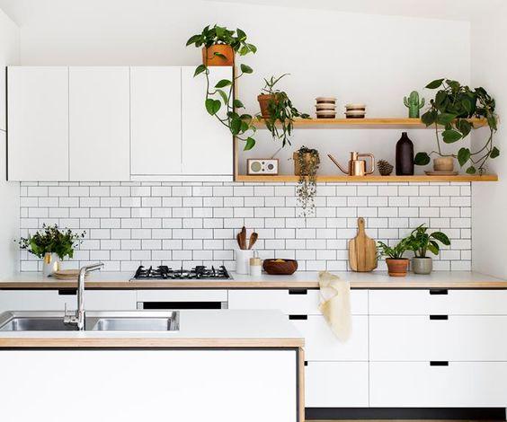 8 Tip Memilih Jasa Pembuatan Kitchen Set yang Harus Anda Pertimbangakan