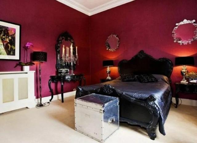 4. Romantic Gothic bedroom ideas