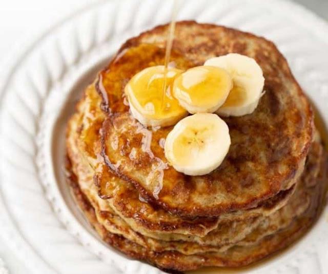 3-Ingredient Healthy Banana Pancakes #healthy #breakfast