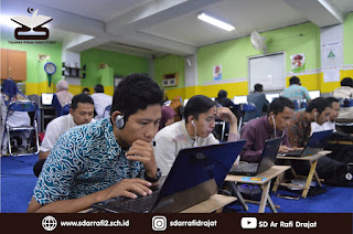 Peran, Tantangan Guru di Era Industri 4.0 (SDIT Terbaik di Bandung)
