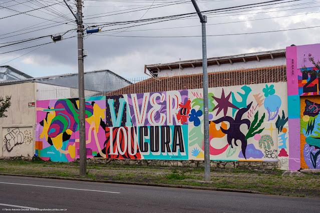 Grafite em um muro na Rua José de Alencar