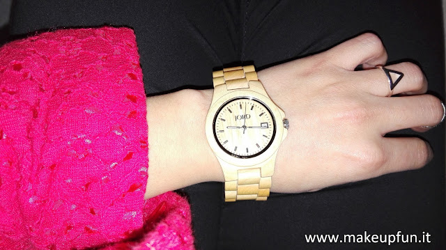 women accessory watch