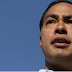 Julián Castro tries to lead LGBTQ migrants across the US-Mexico border, and it does not go very well