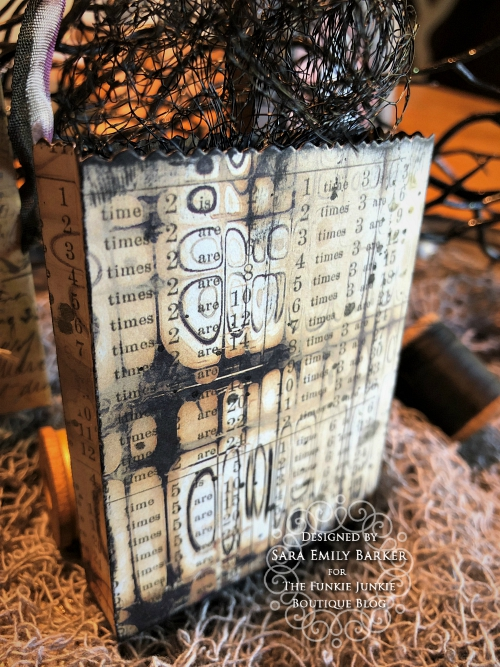 Sara  Emily Barker https://sarascloset1.blogspot.com/2019/09/halloween-treat-bags-for-funkie-junkie.html Tim Holtz Halloween Treat Bags 15