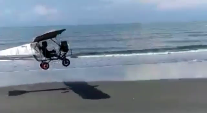 Montir tak Lulus SD Mampu Membuat Pesawat Ultralight