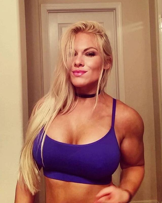 Fitness Model Jessica Valencia