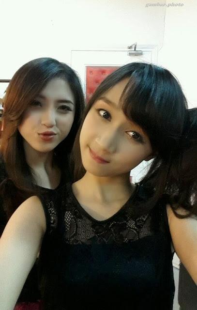 Achan dan Naomi JKT48