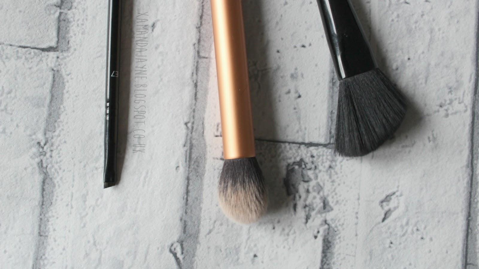 MUA E7, Real Techniques Contour Brush, & MUA F6, review