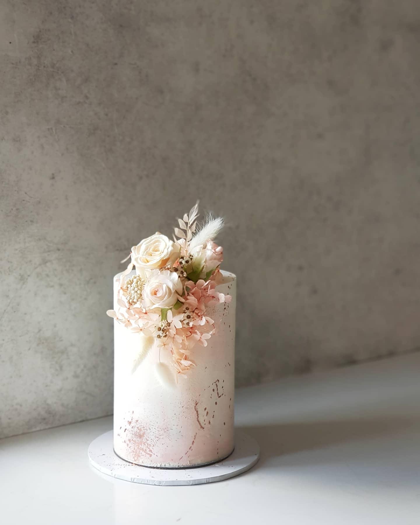 canberra wedding cake designer cakes weddings