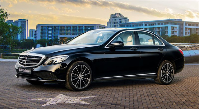 Ngoại thất Mercedes C200 Exclusive 2019