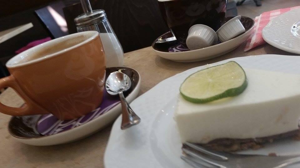 auswrts essen regensburg Kaffee und Kuchen in der
