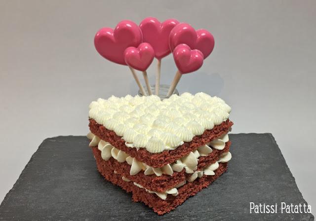 délices box, sweet délices, box pâtisserie, abonnement box pâtisserie, box pâtisserie Montauban, gâteau coeur, red velvet cake, sucettes coeur, décorations comestibles, patissi-patatta