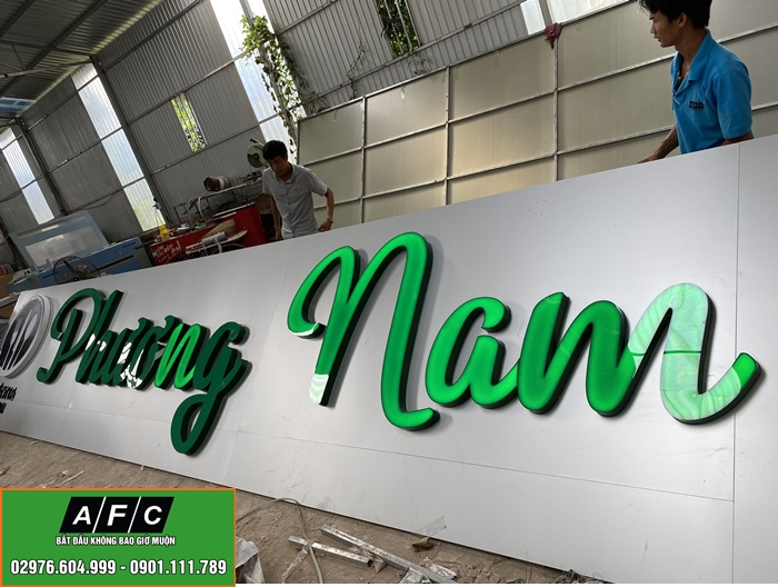 Thi công bảng hiệu Alu chữ nổi Mica Phương Nam Phú Quốc