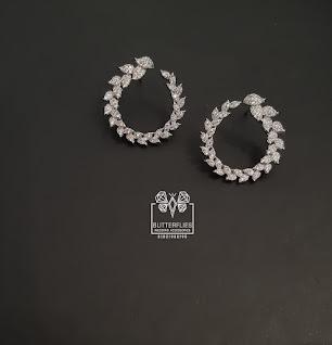 اكسسوارات الأفراح - تيجان - حلقان - سلاسل للعروسة
