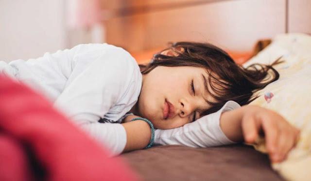 नींद को नहीं करें नज़रअंदाज, स्वस्थ रहने के लिए 8 घंटे की नींद जरूरी