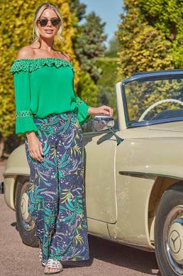 Navy tropical leaf Print trouser sun time