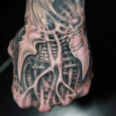 tatuajes biomecanicos en 3d