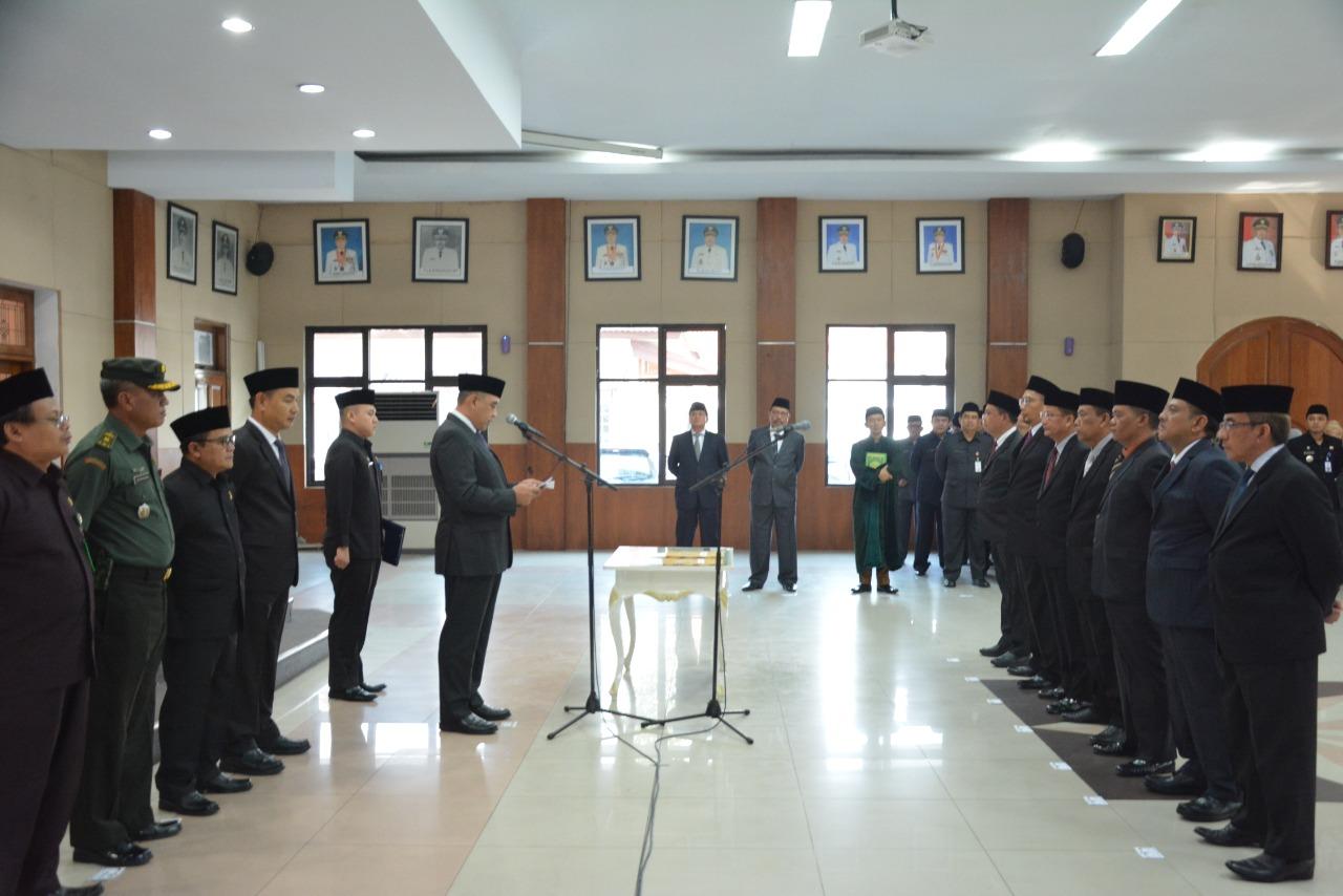 Bupati Tangerang Melantik  7 Pejabat Eselon IIb