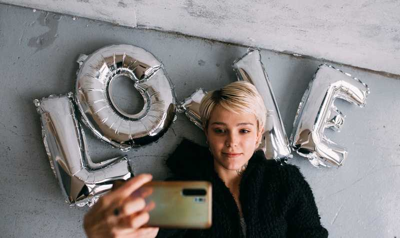 Selfie addiction is a real mental illness