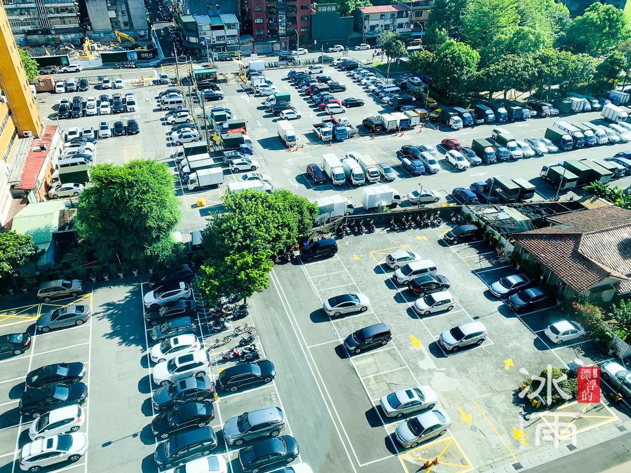 福華大飯店|停車場