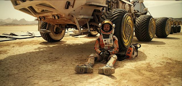 Matt Damon rămâne naufragiat pe planeta Marte în filmul The Martian