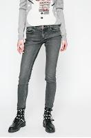 Jeansi Cavern • Calvin Klein Jeans
