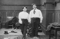 "Кадр из фильма Чарли Чаплина ""Танго-путаница"" (1914) - 19"