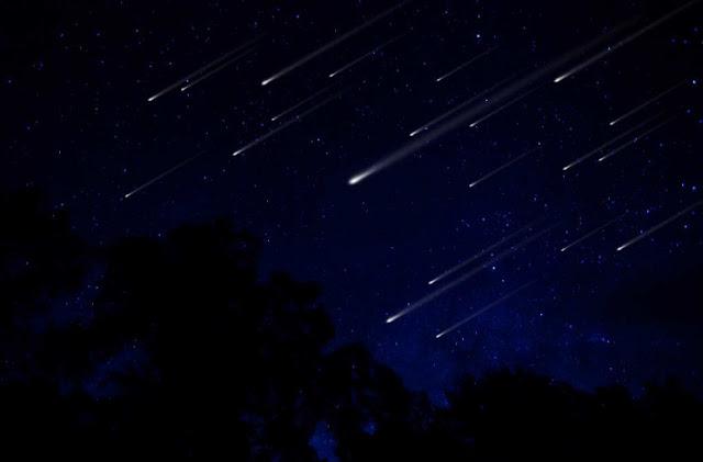 Malam Ini, Fenomena Hujan Meteor Orionid Akan Terlihat Dari Seluruh Wilayah Indonesia