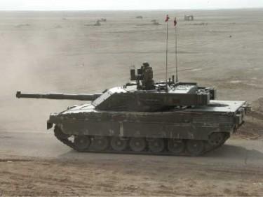 tank terbaik Italia