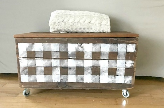 Repurposed DIY Stenciled Storage From an Antique Crate. Homeroad.net