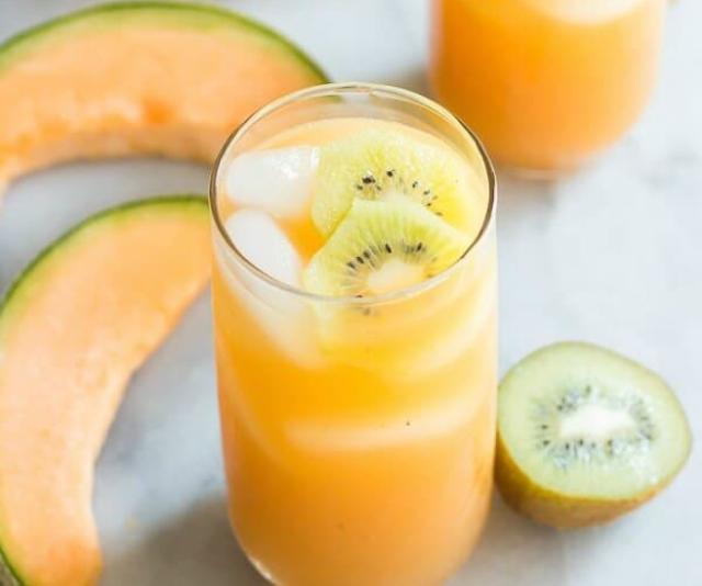 Cantaloupe Melon and Kiwi Agua Fresca #summer #drink