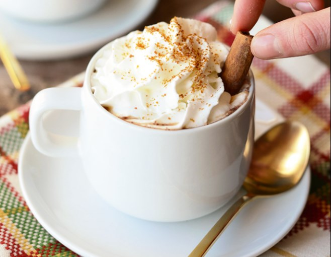 Gingerbread Hot Chocolate #drinks #chocolate