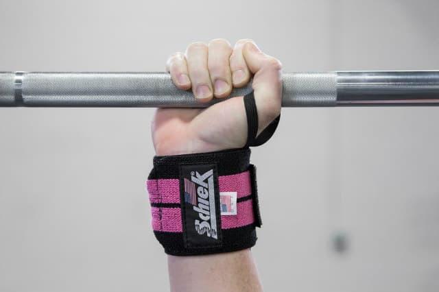 Dây quấn cổ tay tập gym có tác dụng gì ? Lưu ý khi mua