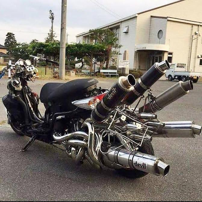 Full Throttle Bosozoku Scooter