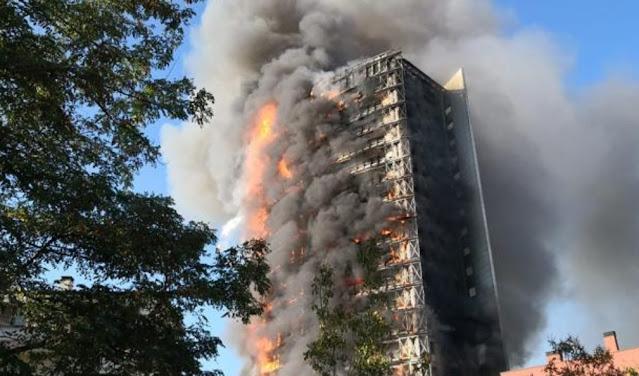 """خبر عاجل : حريق هائل باحدى العمارات وسط مدينة ميلانو الايطالية +""""صور"""""""