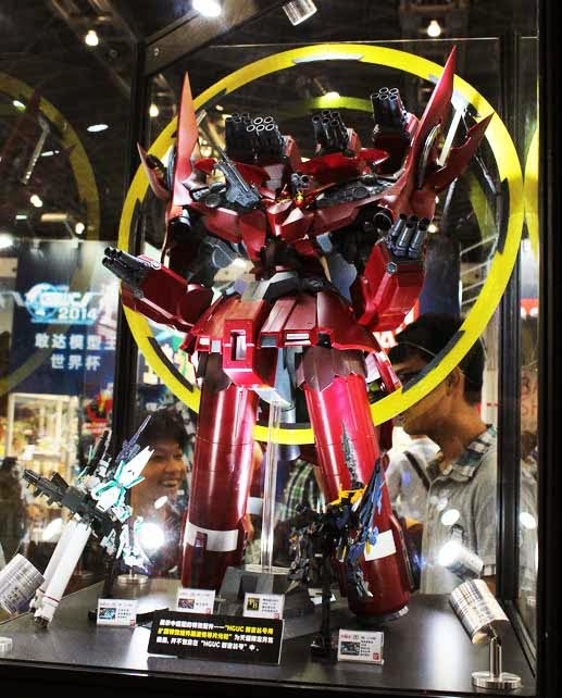 HGUC 1/144 Neo Zeong With Psycho Shard Halo On Display At