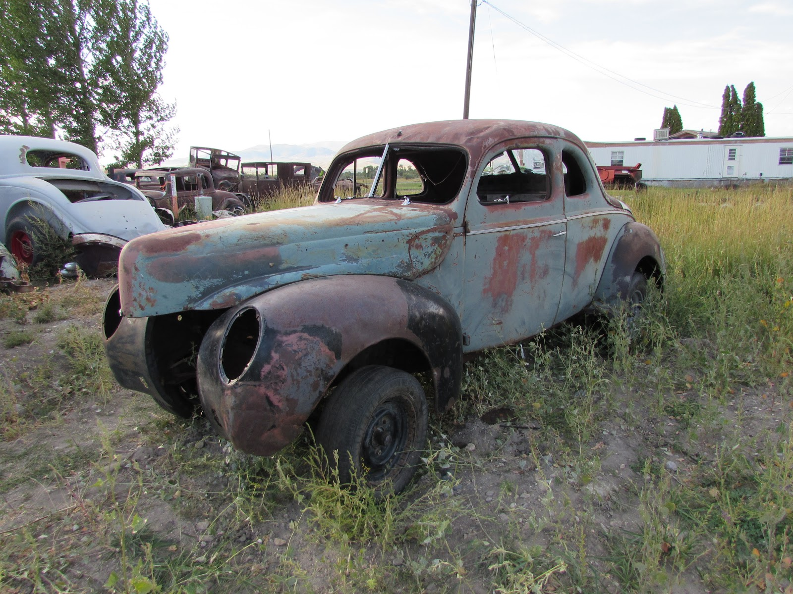 Reel Rods Inc.: FOR SALE: 1940 Ford Deluxe opera coupe project